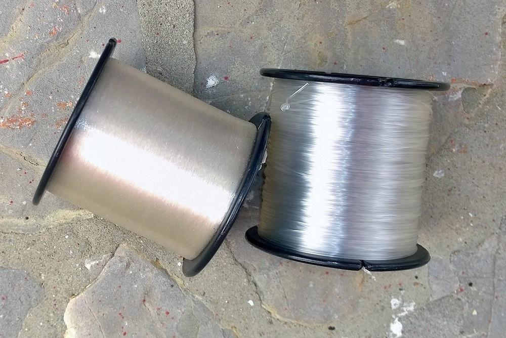 BOBINA 100 POR % FLUOROCARBON DE 32 mm. 1/8 lb. (20.5 lb. / 7.6 kg.) 488 mts.